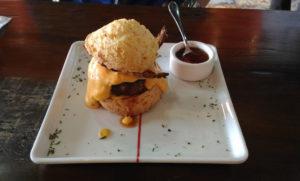 braga-pao-queijo-burguer-hamburguer