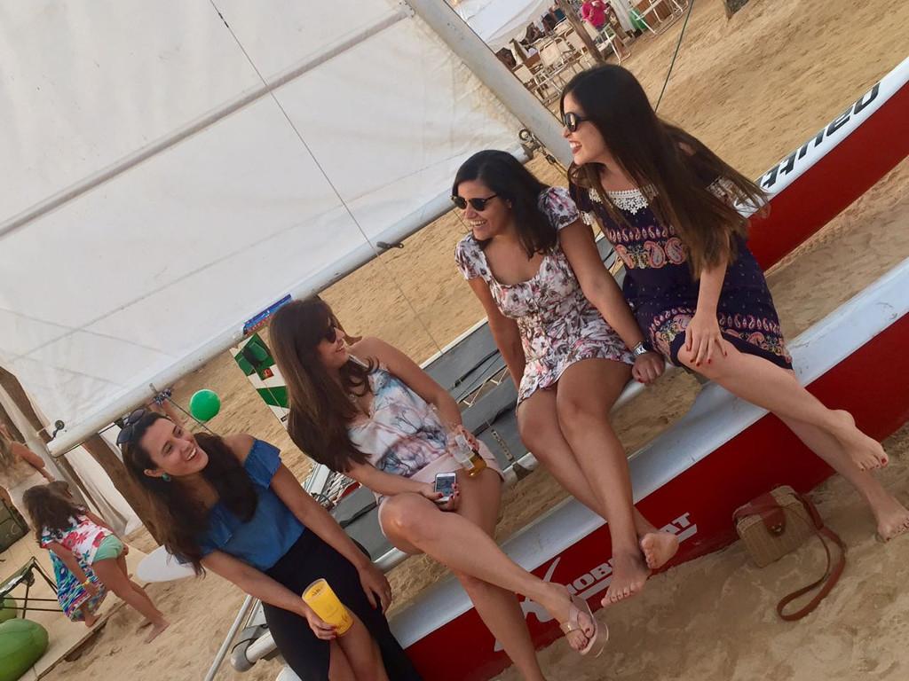 na-praia-bh-looks-femininos-dia-sol