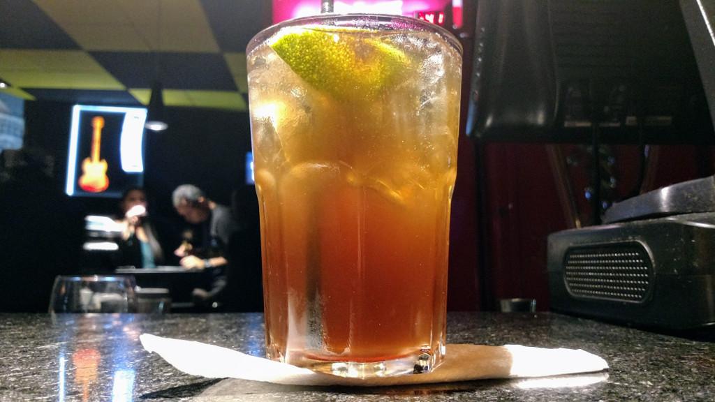 jack_rock_bar_drink_long_island
