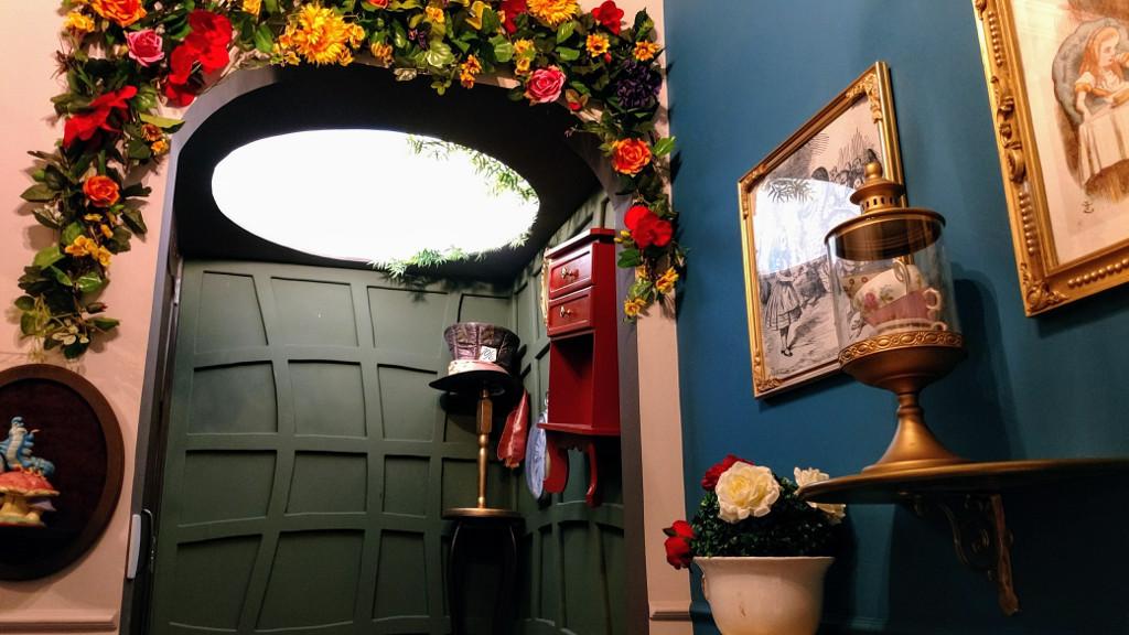 the_house_food_fun_toalete_alice_pais_maravilhas