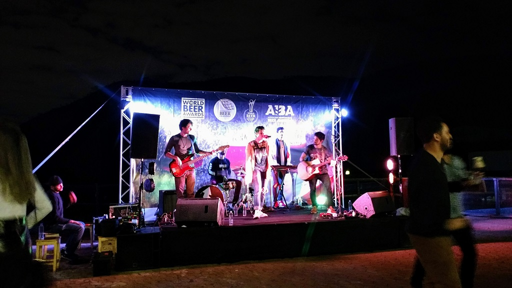 atelie-wals-show-up-n-go-music