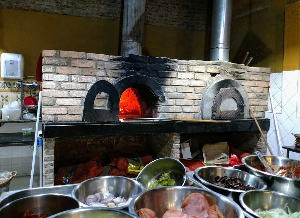 santa-pizza-forno-lenha