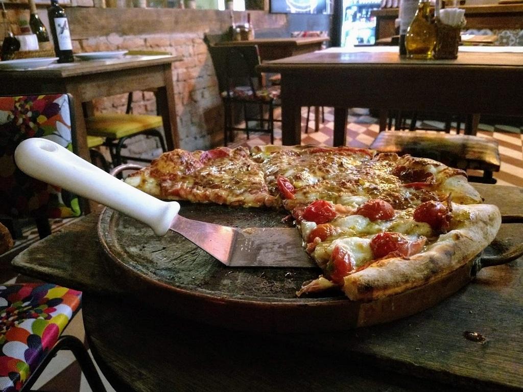 santa-pizza-pizza