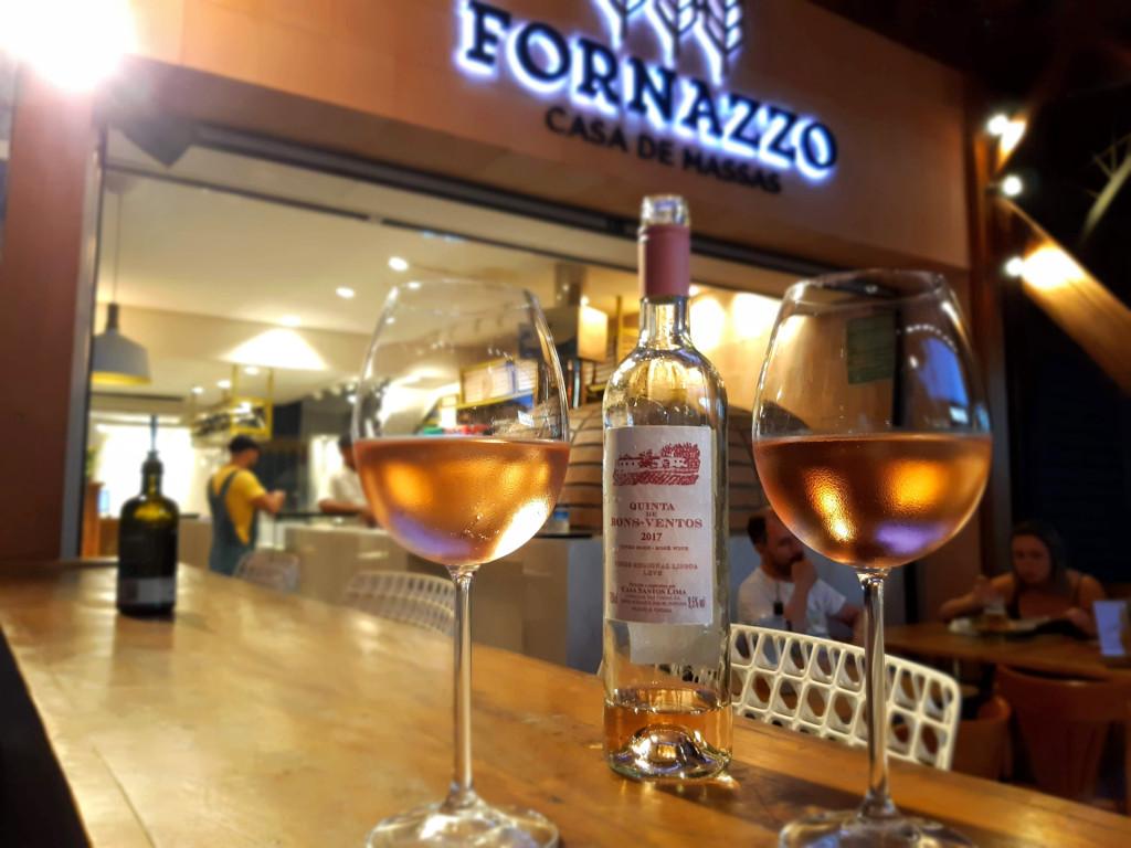 fornazzo-casa-massas-vinho-rose
