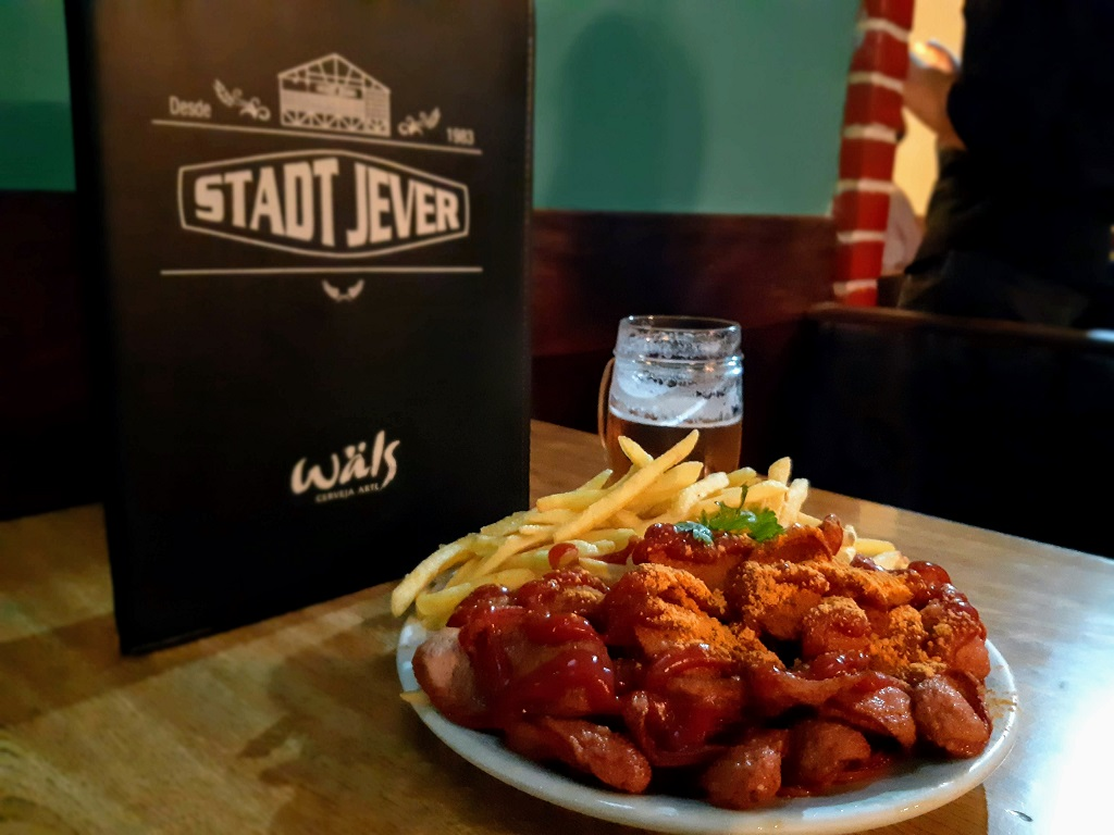 stadt-jever-currywurst