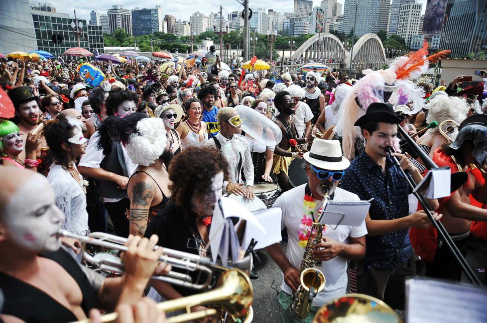 carnaval-belo-horizonte-2019-corte-devassa