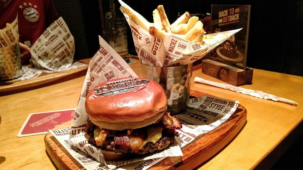 outback-aussie-picanha-burger